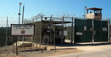 800px-Camp_Delta_Guantanamo_Bay_Cuba-600x312.jpg