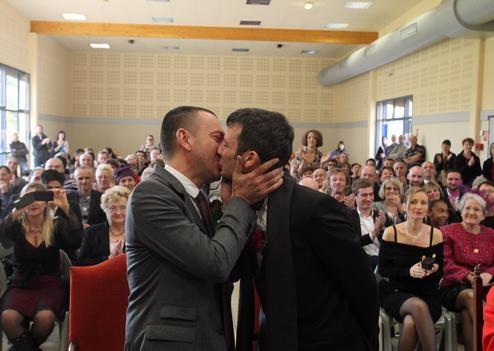 111112ind500.jpg mariage gay.jpg