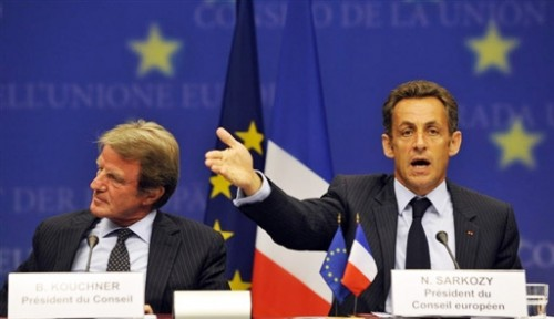 Moscou - Sarkozy y retourne.jpg