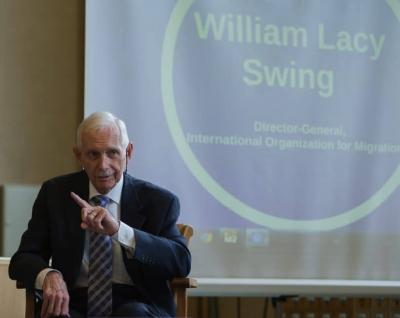 William-Lacy-Swing-810x645.jpg
