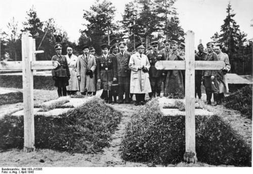 Katyn 1943.jpg