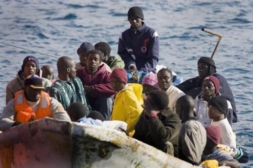 Africains migrants près de teneriffe.jpg