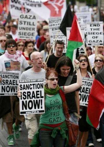 Manifestation à Dublin.jpg
