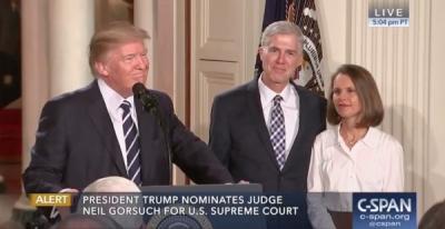 Trump-Neil-Gorsuch-600x310.jpg Juge.jpg