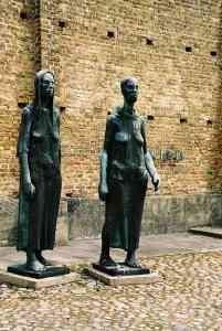 sculptures-femmes.jpg