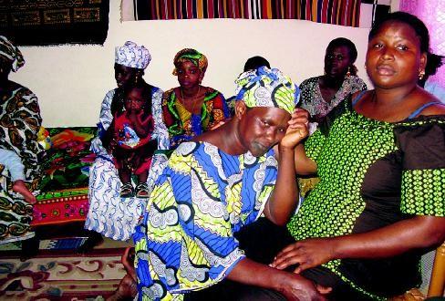 Noires polygames.jpg