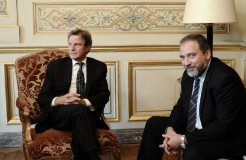Kouchner reçoit Avigdor.jpg
