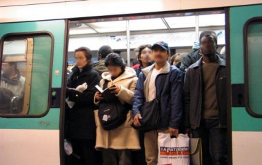 5440895_981d0d76-b87c-11e5-b3bf-00151780182c-1_545x460_autocrop.jpg métro.jpg