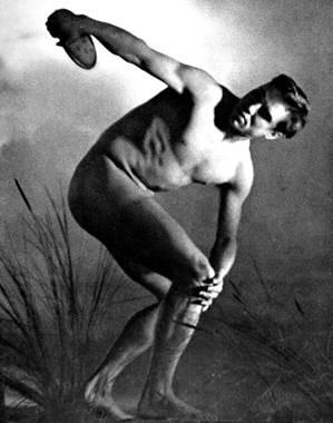 6 olympia Leni Riefenstahl Le discobole.jpg