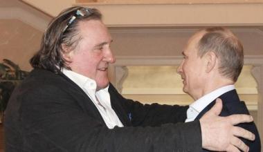sans-titre.png Depardieu et Poutine.png