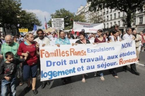 Familles roms manif.jpg