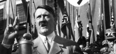 sans-titre.png Hitler 3.png