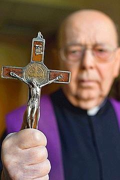 Exorciste du Vatican.jpg