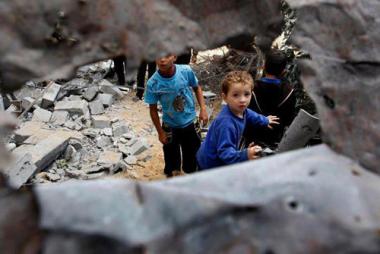 sans-titre.png enfants  dans les ruines.png