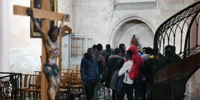 Marseille_les_jeunes_migrants_quittent_l_eglise_po.jpg
