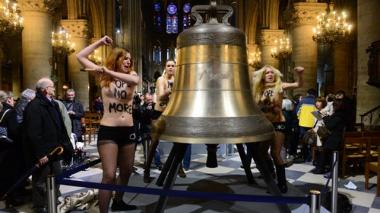 sans-titre.png Femen  cloche.png
