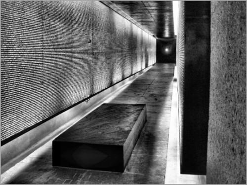 Mémorial Shoah Paris 4è.jpg