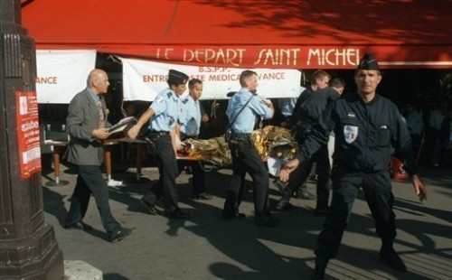 Evacuation des blessés 2005.jpg