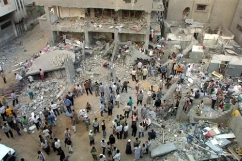 Bombardements à Gaza le 23 juillet 2002.jpg