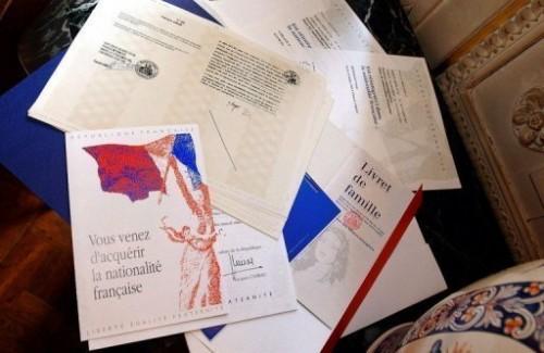 Nat française papiers.jpg