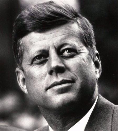 Kennedy en 1963.jpg