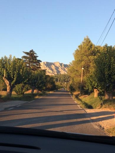 photo.JPG route vers Beaurecueil.JPG