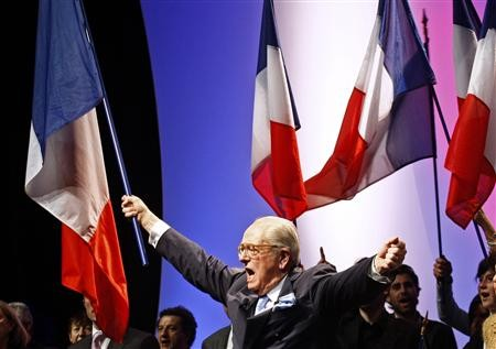 Le Pen meeting 7 mars 2010.jpg