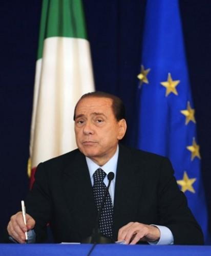 Berlusconi plus pâle....jpg