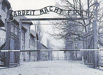 Auschwitz Arbeit.jpg