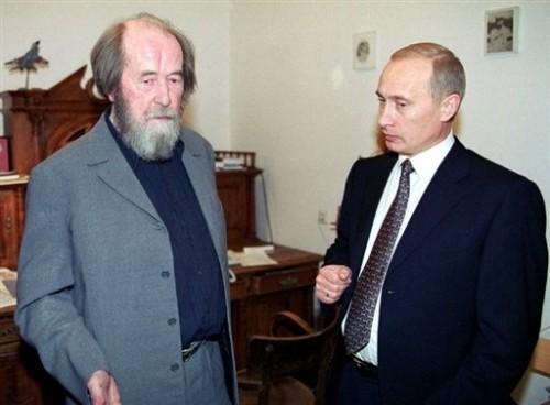 A.S. avec Poutine.jpg
