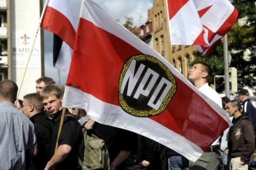 NPD à BERLIN 13 02.10.jpg