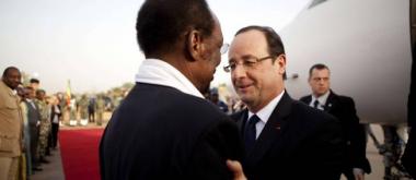 sans-titre.png Hollande au mali.png