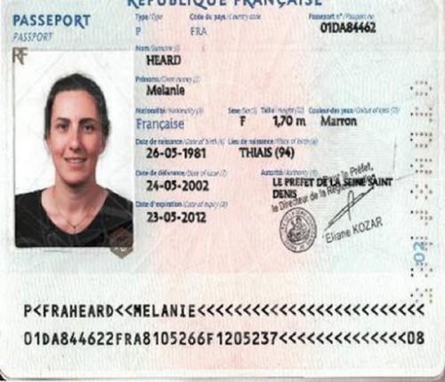 Passeport Mélanie Heard suspect Dubaï.jpg