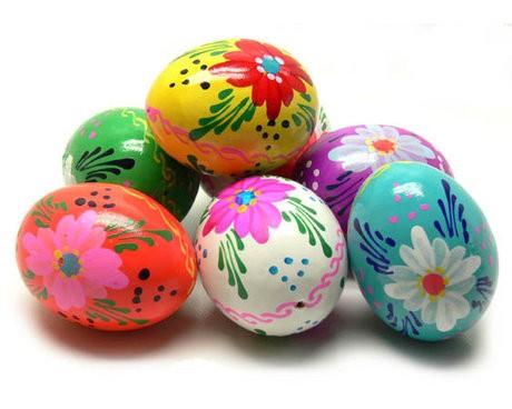 Pâques oeufs décorés.jpg