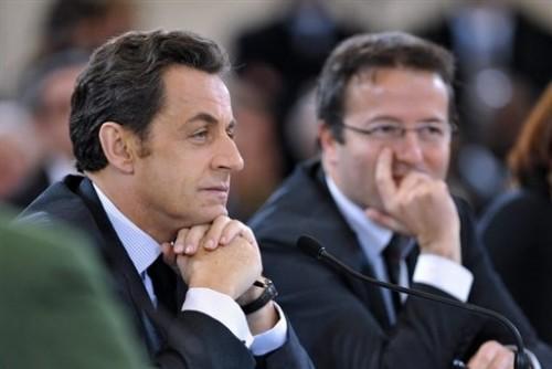 Sarkozy lutte contre la pauvreté.jpg