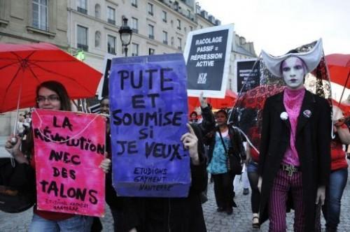 manif prostituées à Paris 24 03 10.jpg