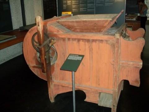 Mémorial machine agricole nazie.jpg