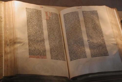 Bible de Gutenberg XXX.jpg