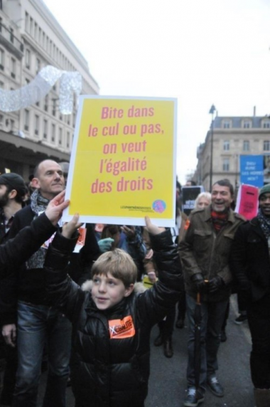 sans-titre.png pdophilie manif.png