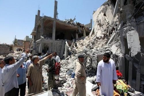 133419_des-batiments-detruits-par-des-frappes-de-l-otan-selon-les-affirmations-du-gouvernement-libyen-le-19-juin-2011-a-tripoli.jpg