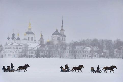 untitled.bmp Russie traîneaux.jpg