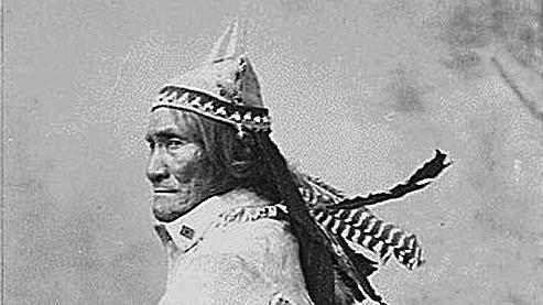 Geronimo mort en 1909.jpg