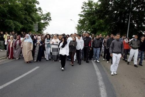 Arabes en costume à Vitry le François.jpg