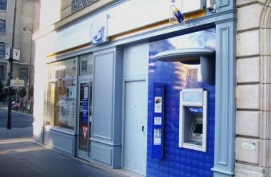 Banque_à_Paris-448x293.jpg