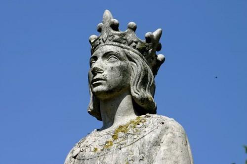 Saint-Louis statue.jpg