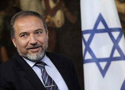 Avigdor liberman ministre des aff étrangères - étoile de david.jpg