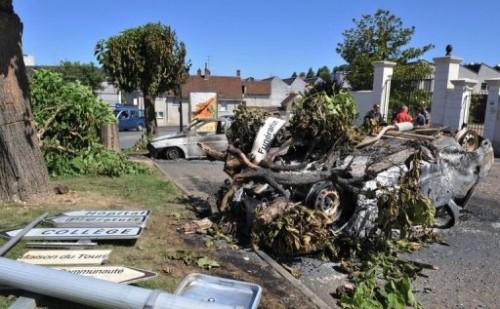 st Aignant gendarmerie voiture calcinée 17 07.jpg