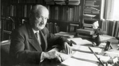 thumb.jpg Martin Heidegger.jpg