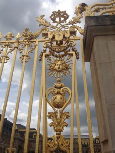 photo.JPG grilles dorées.JPG
