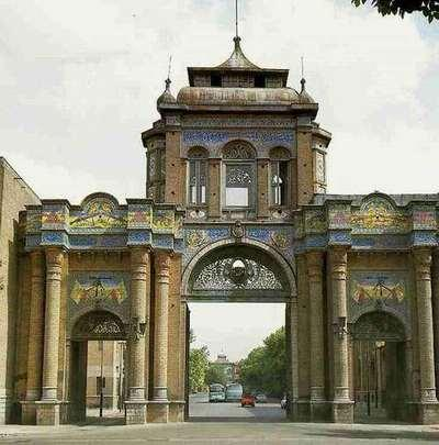 Iran porte ancienne.jpg